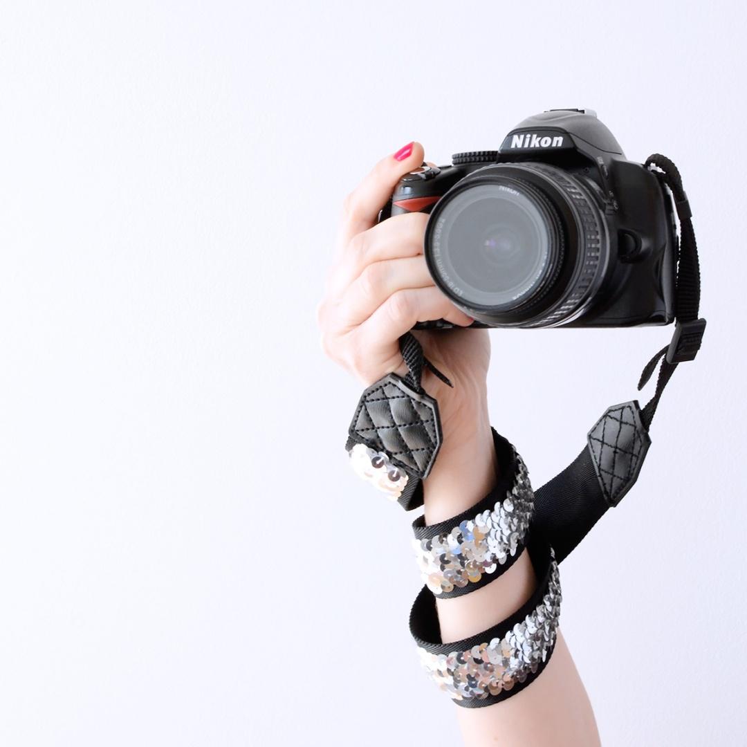 DIY Correa cámara lentejuelas Gema Espinosa Rubirroja 7